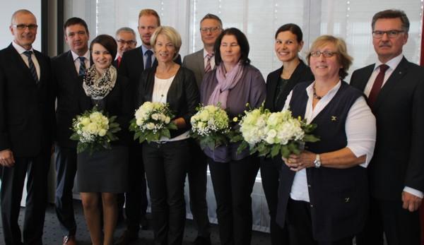 Im Rahmen einer besonderen Feierstunde wurden einige Mitarbeiter der Raiffeisenbank Schwaben Mitte eG für Ihre Betriebstreue geehrt.